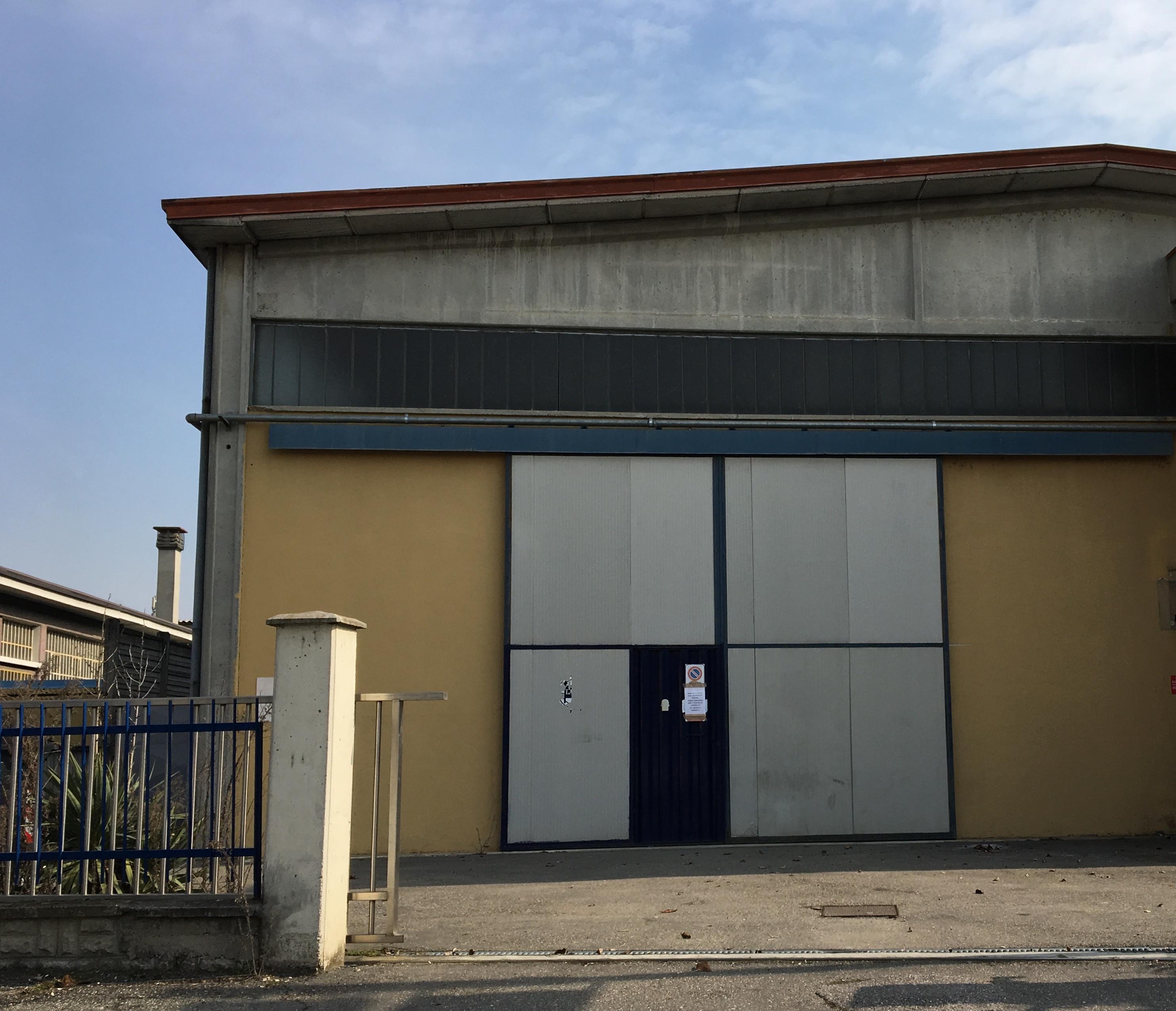 Piacenza ovest capannone di 450 mq in affitto gruppo cred for Capannone di 144 mq